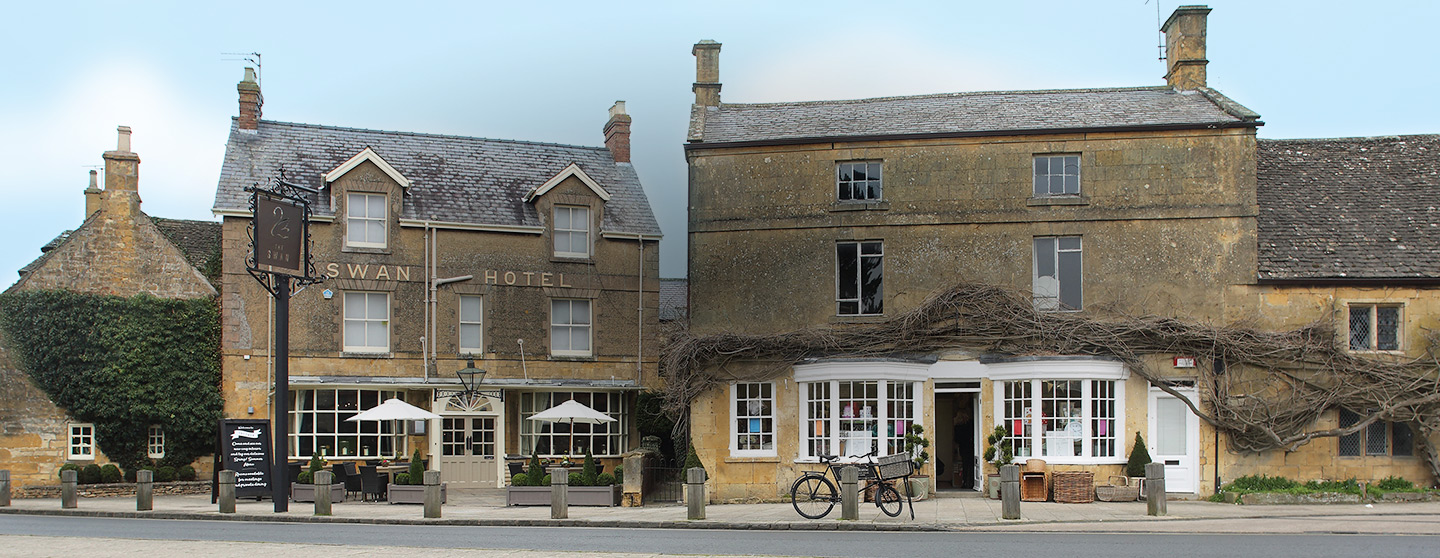 The Swan Pub Restaurant In Broadway Worcestershire